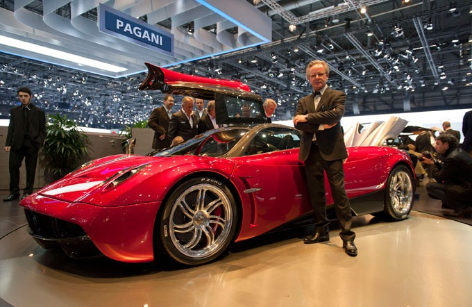 Представлен новый гиперкар Pagani набазе 760 Roadster