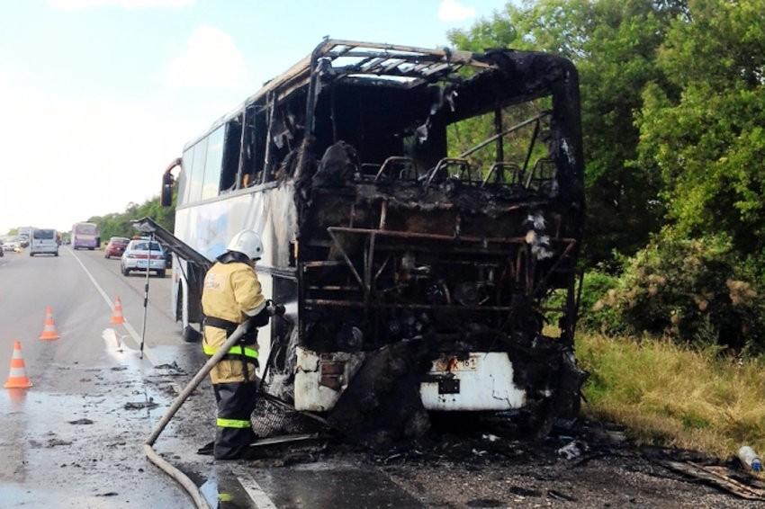 Севастополь: ВКрыму зажегся автобус Сочи