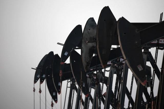 Нефть марки Brent потеряла в цене из-за рекордной добычи в Саудовской Аравии
