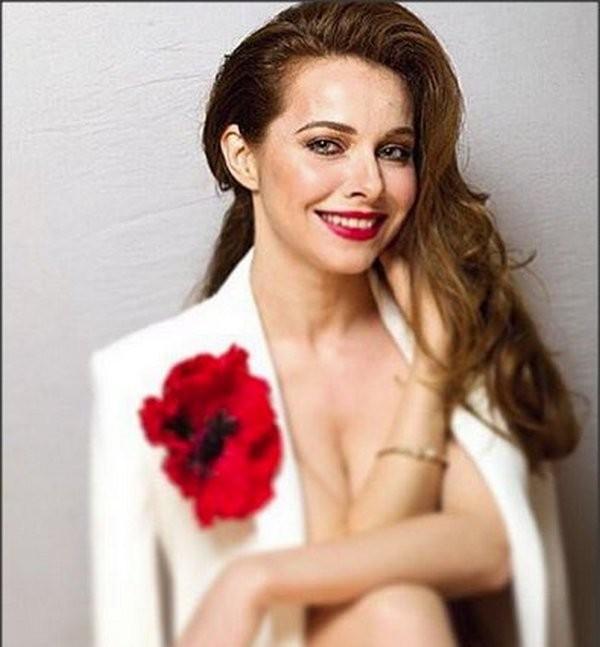 40-летняя звезда «Бригады» Екатерина Гусева смело обнажилась для интригующего фото