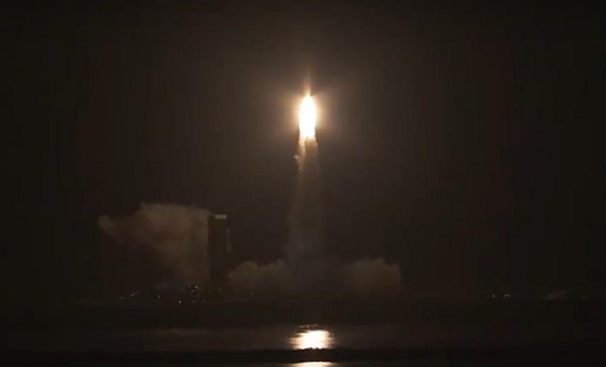 ВСША скосмодрома стартовала ракета соспутниками слежения