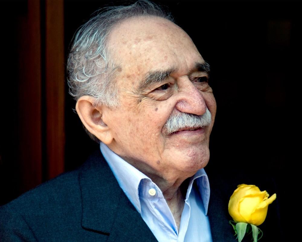 Писатель Габриэль Гарсиа Маркес запечатлён наколумбийских банкнотах
