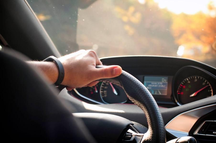 Назван самый опасный возраст для водителей— ученые