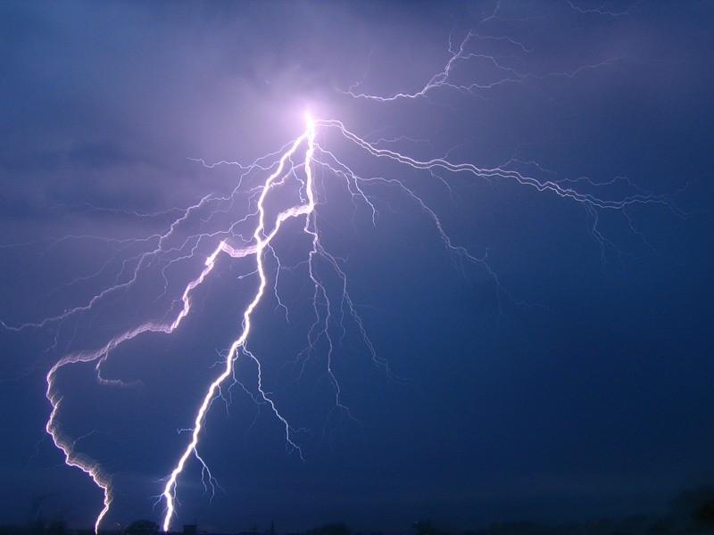 ВТамалинском районе пенсионерка погибла отудара молнии