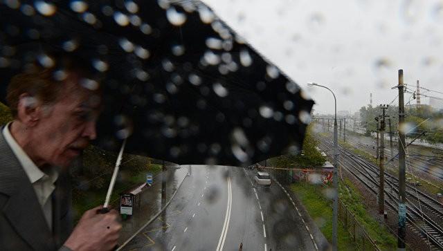 За минувшие сутки в столице выпала четверть месячной нормы осадков