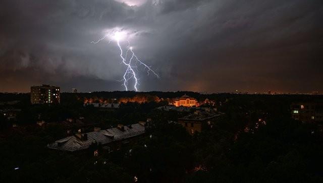 Метеорологи убеждены , что знаю причину дождей, настолько испортивших летний сезон