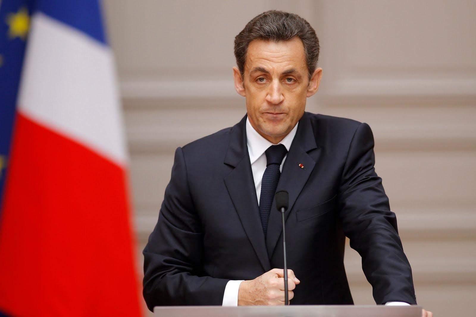 Саркози пообещал запретить буркини воФранции