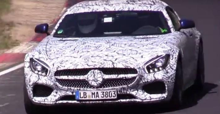 Прототип родстера Mercedes-AMGGT Cзамечен наНюрбургринге