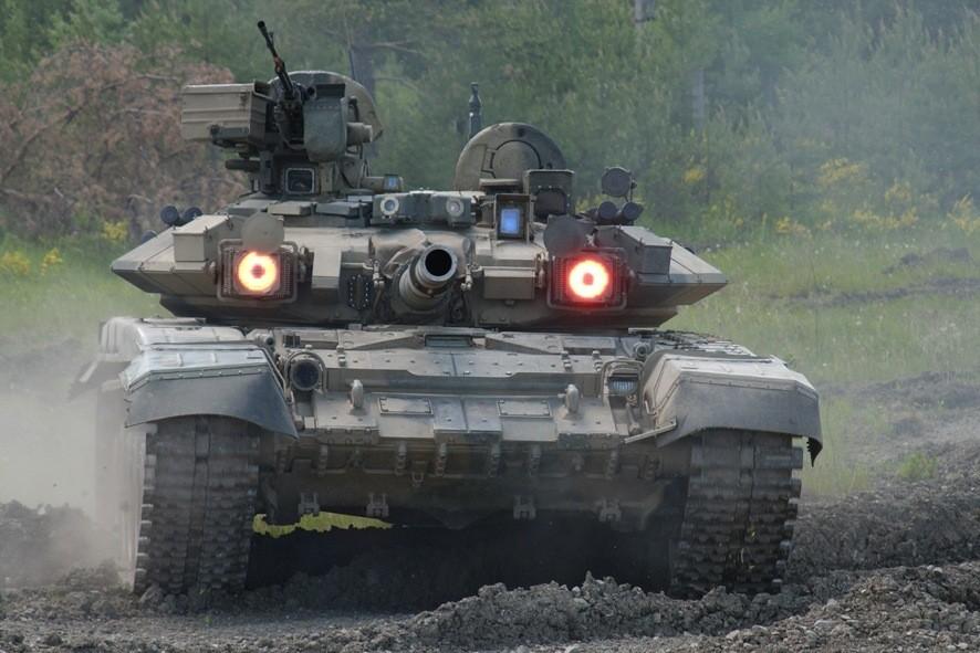 Русский Т-90 получил высокую оценку врейтинге наилучших танков мира