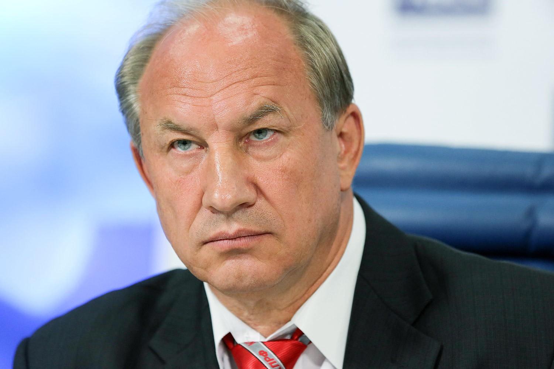 Коммунисты России Депутат Рашкин соврал о наличии звания МС по альпинизму