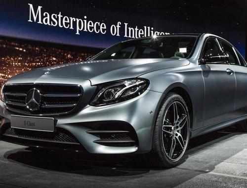 В РФ стали доступны новые версии Mercedes E-Class