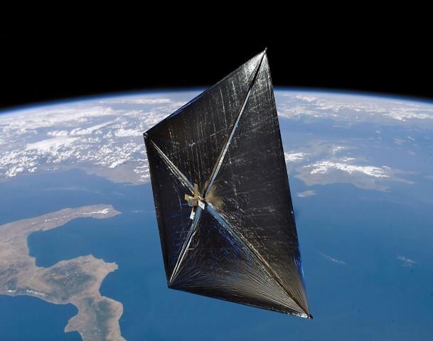 Супермощные солнечные батареи тестируют вкосмосе— Импортозамещение по-самарски