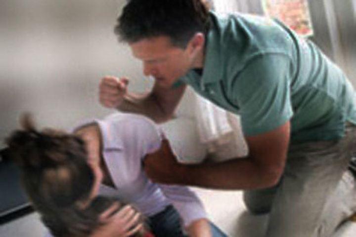 Семья изОзер получила официальное обвинение вубийстве приемной дочери