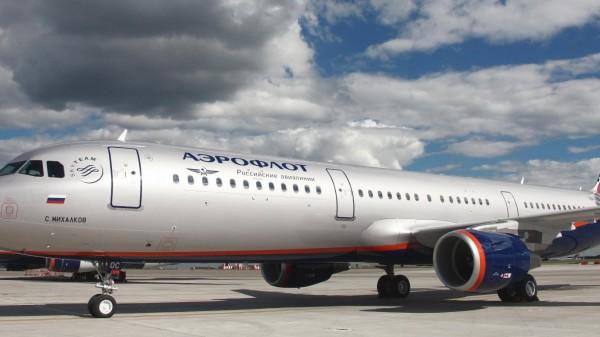 """В """"Аэрофлоте"""" собрались ввести повременную оплату интернета на борту самолета"""