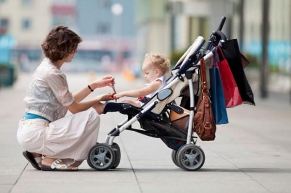 Исследователи: В США дети травмируются из-за колясок каждые 2 часа
