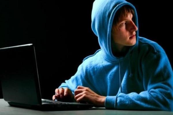 Российский хакер наказал злоумышленников, которые пытались получить деньги от его родителей