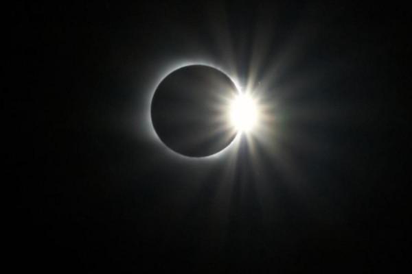 Астрономы в 2019 году создадут искусственное солнечное затмение