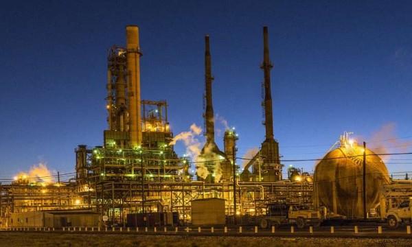 Ученые установили, что воздух негативно влияет на катализаторы при очистке бензина