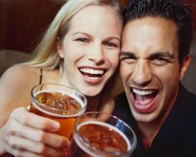 Учёные: Пьющие женщины занимаются незащищенным сексом чаще
