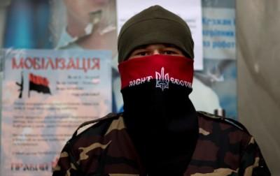 Руководство «Правого сектора» попало в ДТП на Донбассе