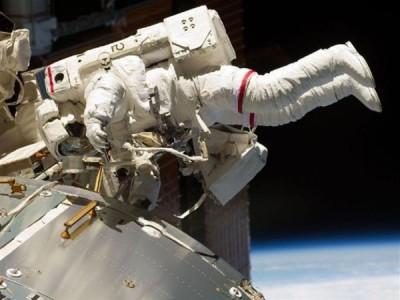 Инженеры Роскосмоса разработали реактивный ранец
