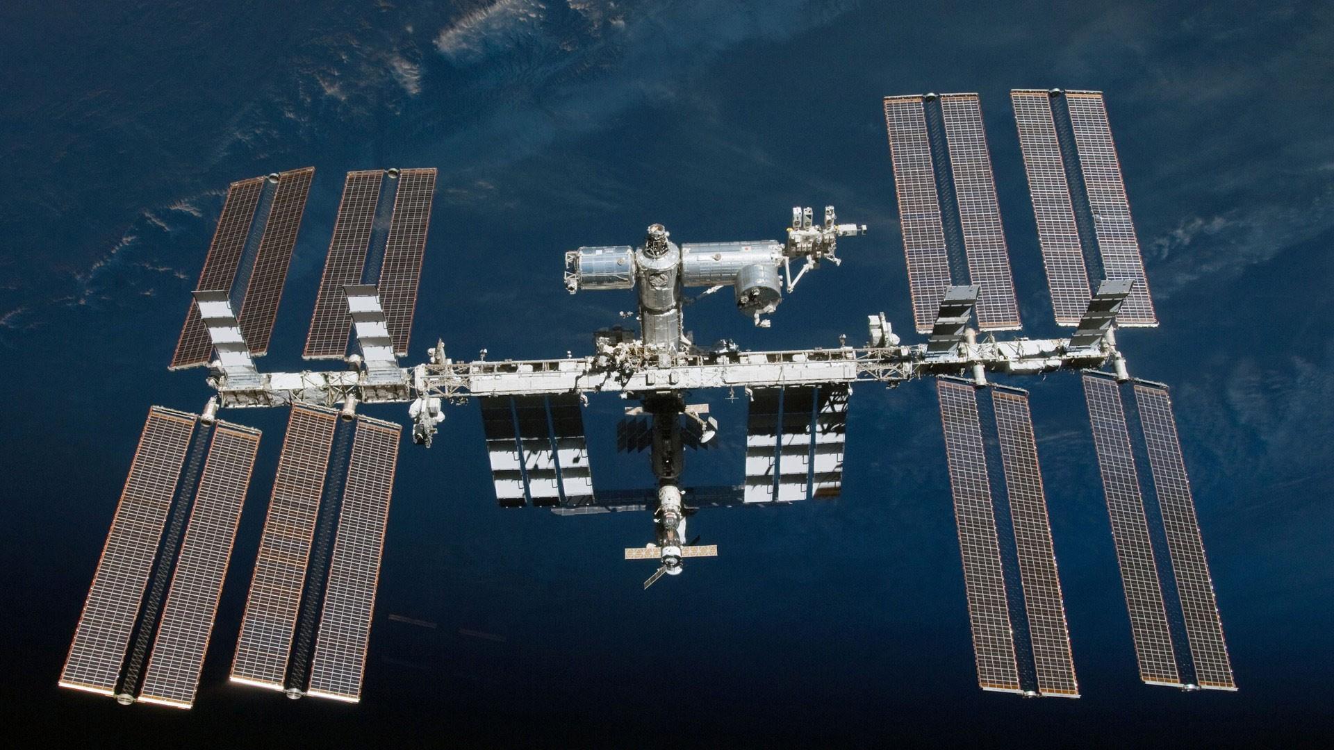 Астронавты NASA планируют выйти воткрытый космос