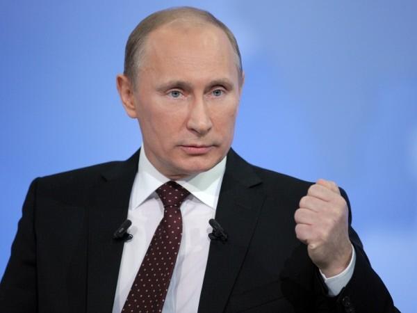 Путин пояснил падение рейтинга «Единой России» активностью оппозиции