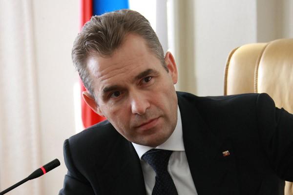 ВКремле как ипрежде ожидают отставку Астахова