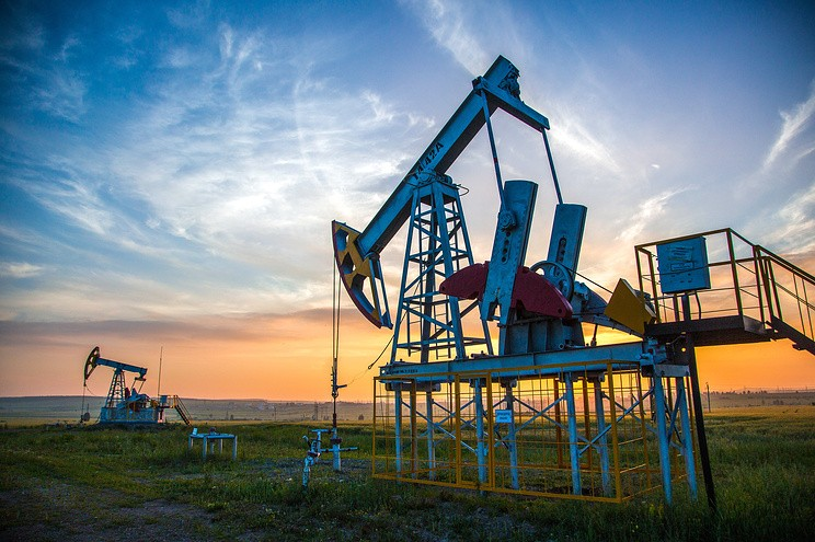 ОПЕК летом сократила добычу нефти дотрехмесячного минимума