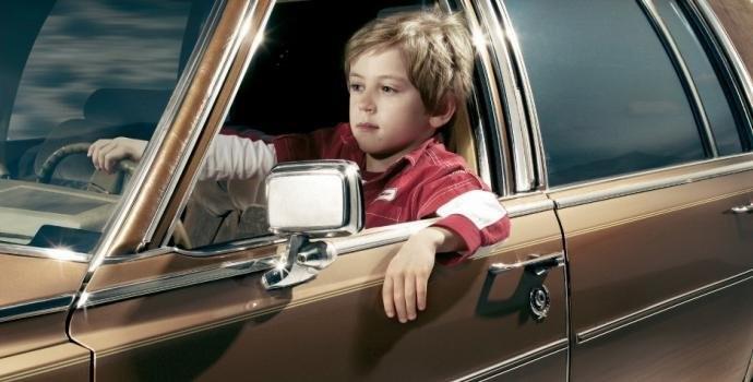 ВГермании ребенок угнал фургон, чтобы съездить кбабушке идедушке