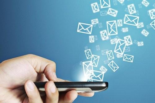 SMS-сообщения стремительно теряют популярность
