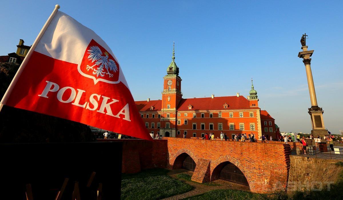 Варшаве предлагают подвергать наказанию туристов зафразу «польский концлагерь»