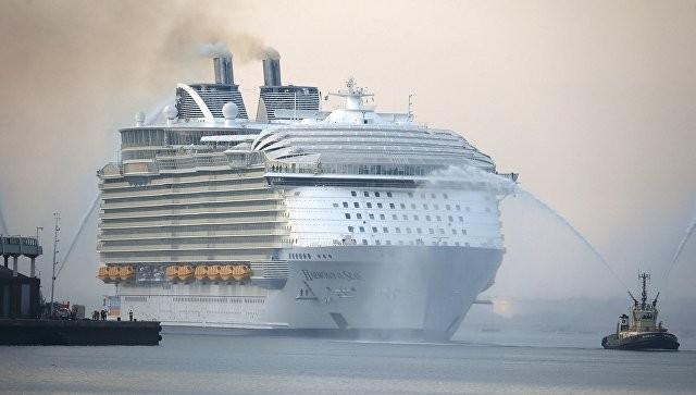 Один умер ичетверо пострадали из-заЧП наборту круизного лайнера-гиганта