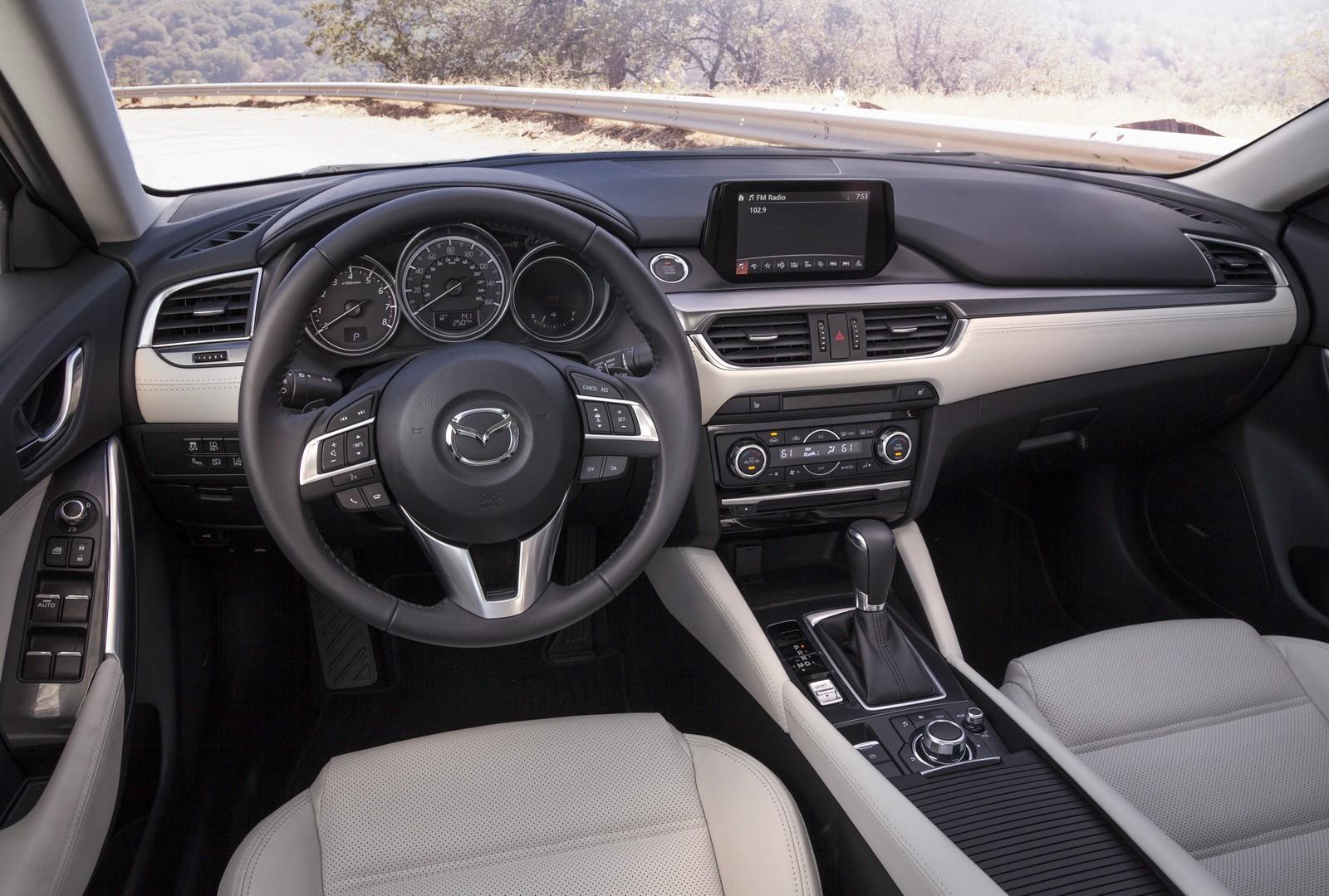 Названы сроки появления обновленной Mazda6 в РФ