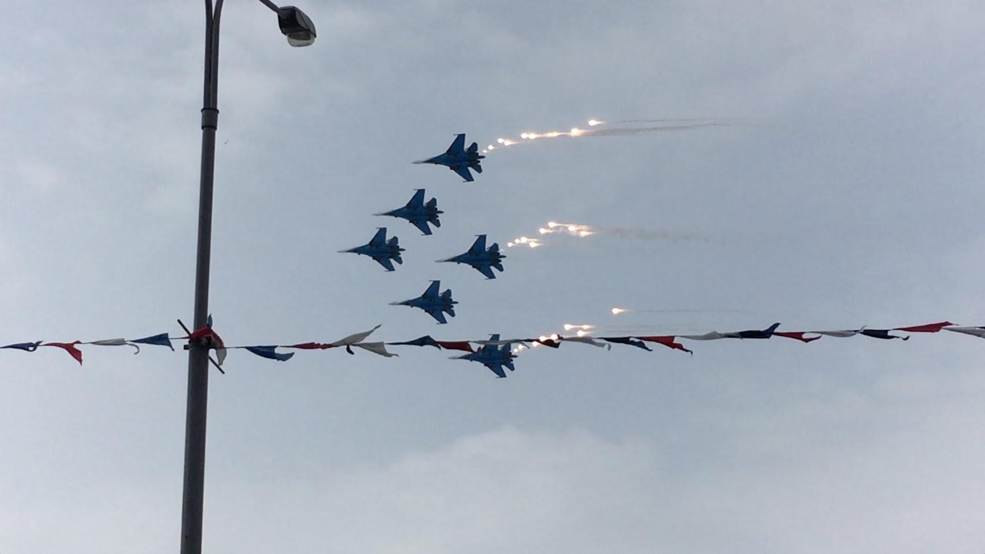 Впроцессе авиашоу в«Поднебесной» разбился легкий самолет, 4 человека погибли