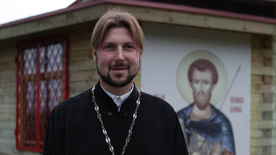 Первосвященника Грозовского доставят из столицы вПетербург напассажирском поезде