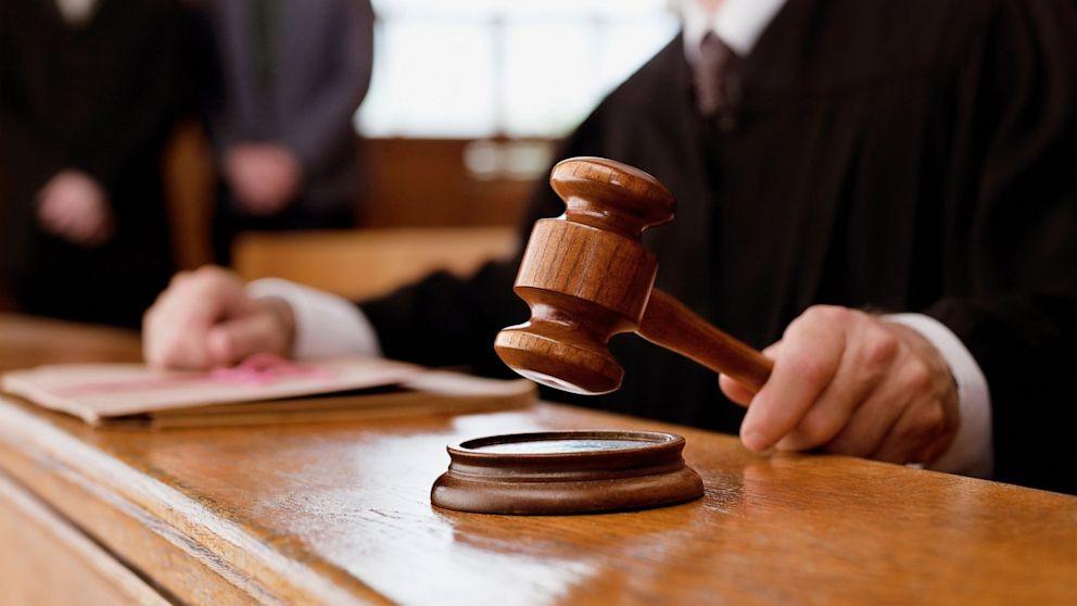 Суд приговорил к6,5 годам вступившего в«Правый сектор» выпускника школы