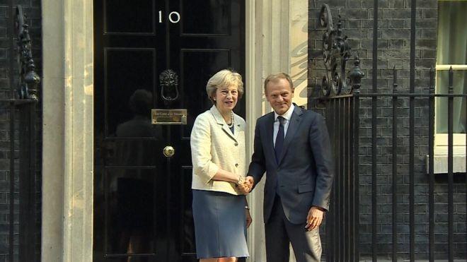 Туск: Англия начнет процедуру выхода изЕС всамом начале последующего года