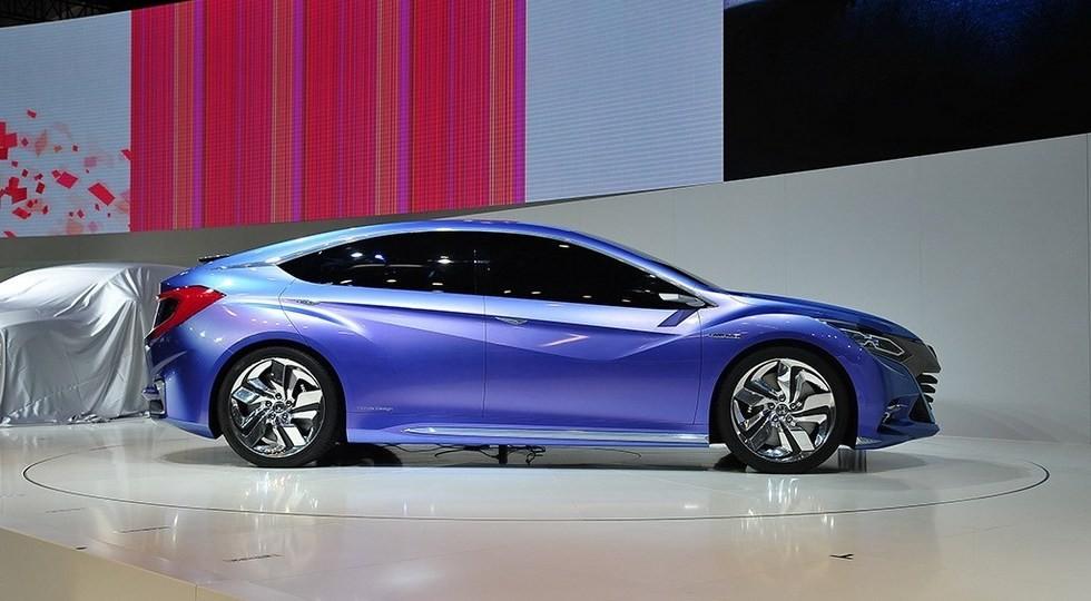 Хонда презентовала обновленную модель Gienia