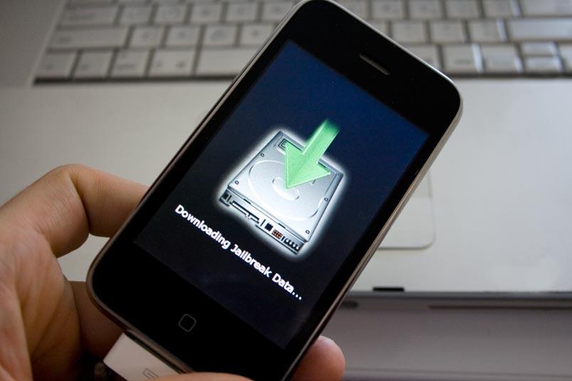 Найден способ взломать iPhone за100 долларов