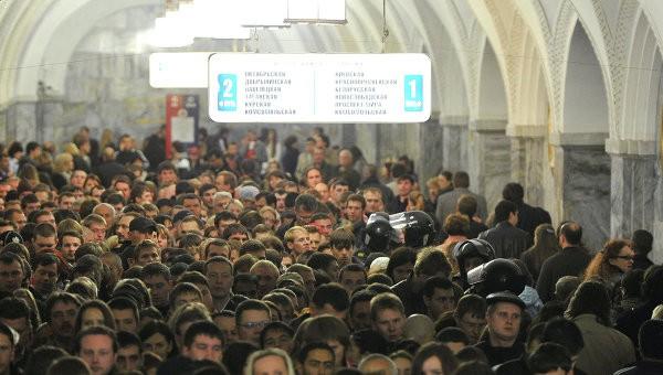В столице России пассажирке метро сломали ногу в 2-х местах