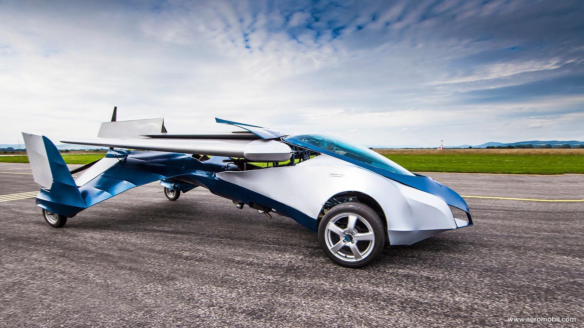 В 2018-ом на автомобильном рынке появится первое летающее авто