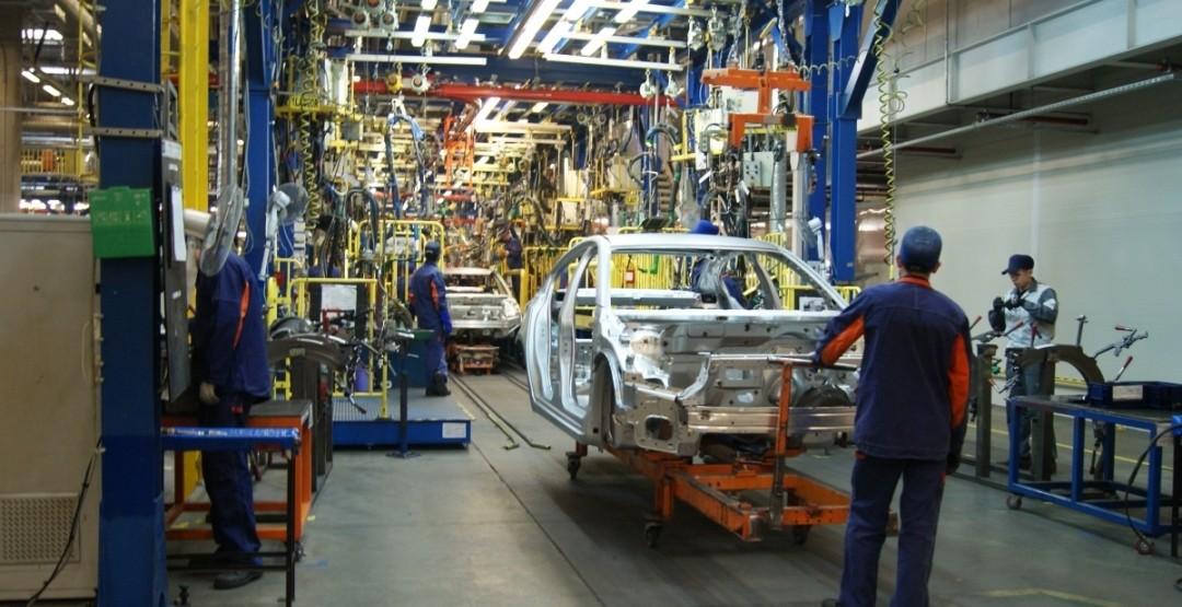 Петербургский автопром продемонстрировал рост впервый раз за16 месяцев
