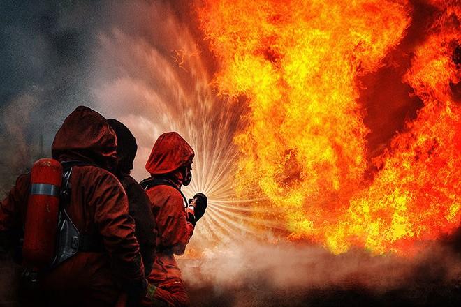 Мать погибшего пожарного узнала осмерти сына попоминках мужа