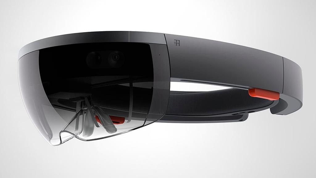 Qualcomm презентовала шлемVR сотслеживанием взора
