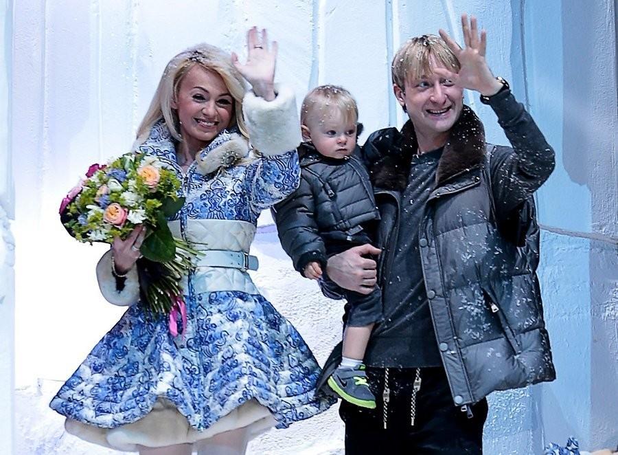 Яна Рудковская иЕвгений Плющенко ожидают еще одного ребенка