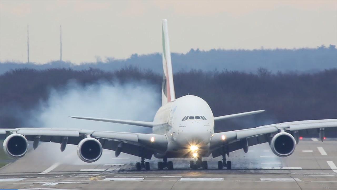 Задымление вынудило корейский самолет вернуться вЛос-Анджелес