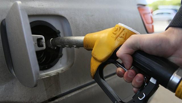 Бензин в2016-м году снова может подорожать— министр финансов