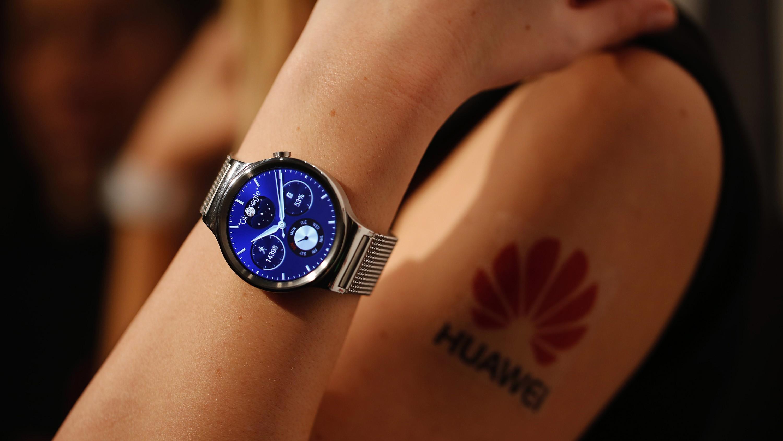 Huawei спроектирует смарт-часы набазе системы Tizen