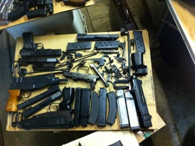 Пресечен канал контрабанды частей огнестрельного оружия изсоедененных штатов в Российскую Федерацию